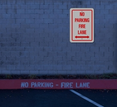 Reflective No Parking Fire Lane Signs
